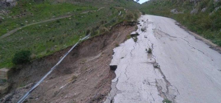 È franata la strada che porta al Monte Sorge